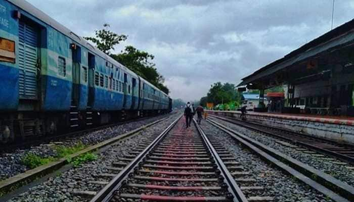 Indian Railways on mission mode of becoming 'Green Railway' by 2030 | India News | Zee News