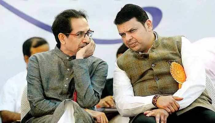 Shiv Sena in party mouthpiece Saamana praises Devendra Fadnavis as Opposition leader