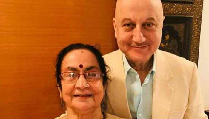 Anupam Kher says mother 'healthy', ready to be discharged for home quarantine