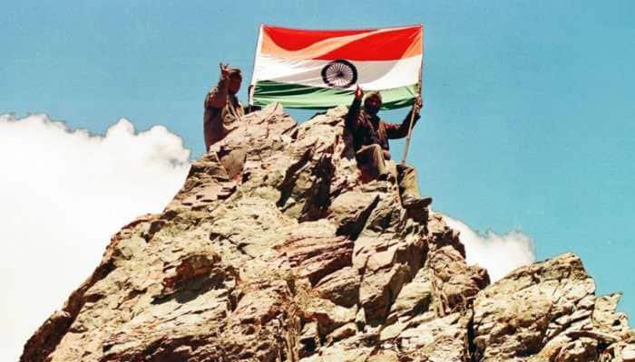 Kargil Vijay Diwas: Bollywood celebs hail Kargil heroes