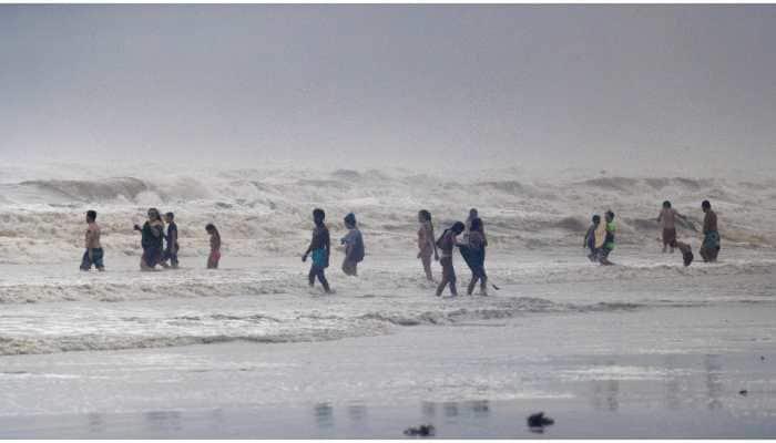 Tropical Storm Hanna threatens flash floods on coronavirus COVID-hit Texas coast