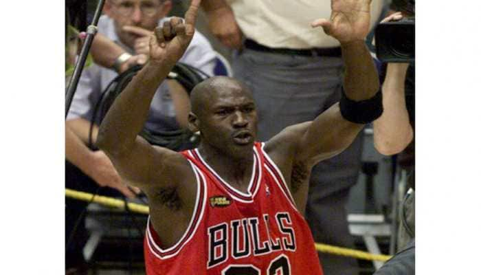 Michael Jordan's Chicago Bulls signing-day jersey to go up for auction