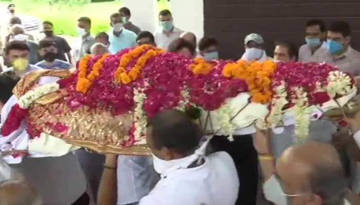 Former Samajwadi Party leader Amar Singh cremated in Delhi on August 3