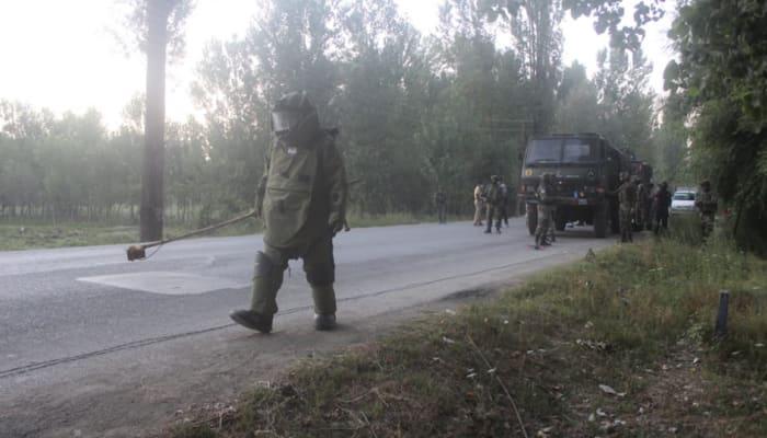 Major tragedy averted as security forces defuse IED on Srinagar-Baramulla highway