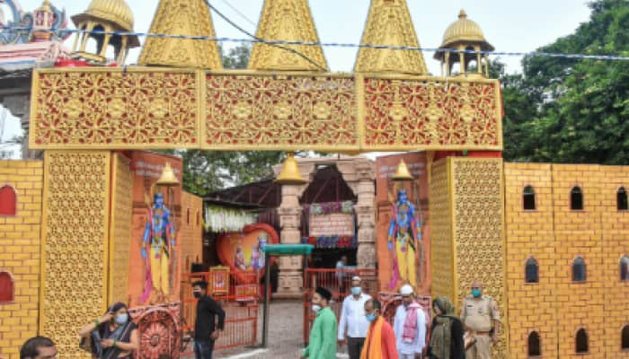 Ayodhya relives 'Ramayan' days; people throng shops with TV sets to watch Ram Mandir 'bhoomi poojan'
