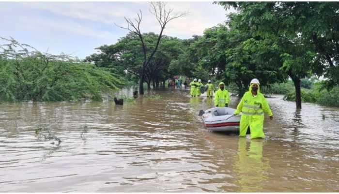 Telangana ministers visit flood-hit areas in Warangal, Godavari water recedes