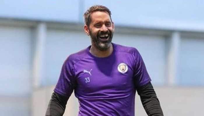 Manchester City re-sign goalkeeper Scott Carson on loan