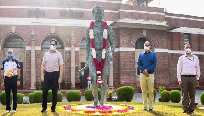 Kiren Rijiju pays tribute to Major Dhyan Chand on his 115th birth anniversary