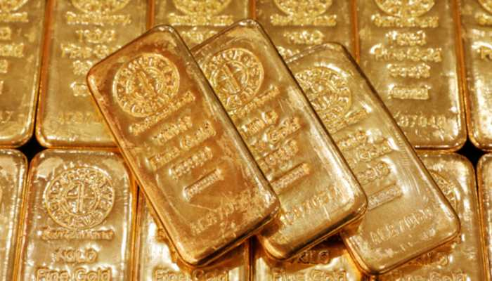 Gold rises by Rs 161, silver jumps Rs 800
