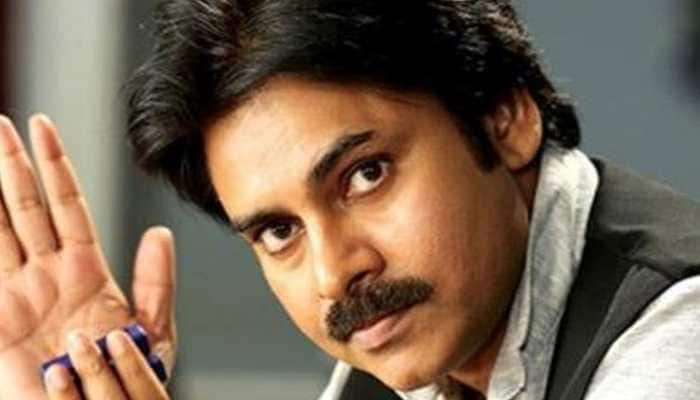 3 Pawan Kalyan fans electrocuted to death while putting up his poster in Andhra Pradesh, team 'Vakeel Saab' announces financial support