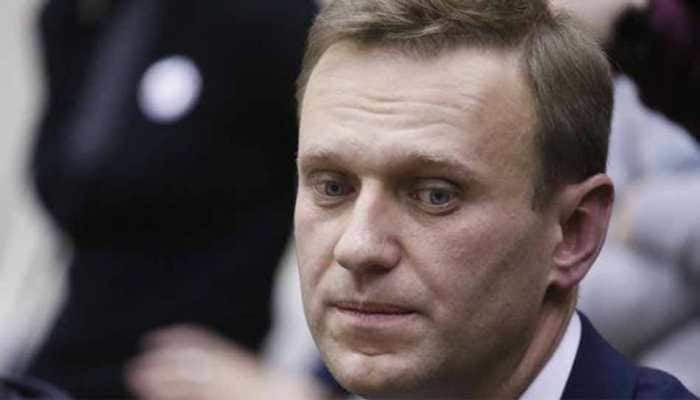 Alexei Navalny, critic of Vladimir Putin, poisoned with chemical nerve agent, Germany says