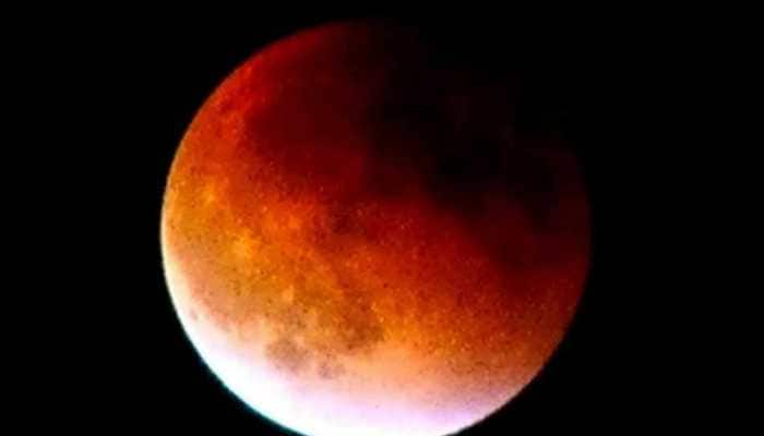 Moon is rusting even without liquid, water, oxygen on its surface: Research