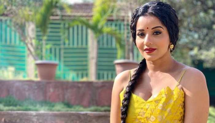 Bhojpuri stunner Monalisa's desi airport look is worth a dekko!