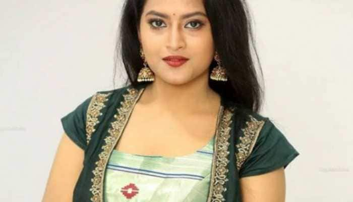 Telugu TV actress Kondapalli Sravani dies by suicide, family alleges  harassment by TikToker | Regional News | Zee News