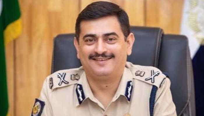 Kolkata Police commissioner Anuj Sharma tests COVID-19 positive