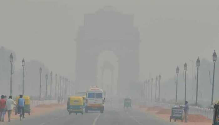 Delhi's air quality deteriorates to 'moderate', may turn 'poor' by Monday