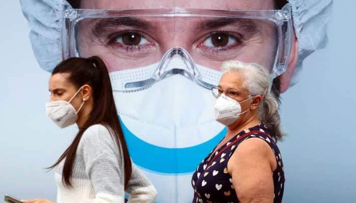 Homemade masks release fibres into air, important to wash them, says research amid COVID-19 outbreak