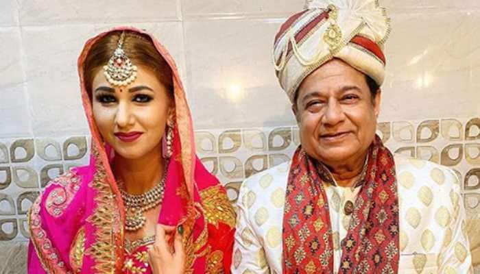 Bigg Boss fame Jasleen Matharu and Anup Jalota's wedding pics go viral - Here's the truth