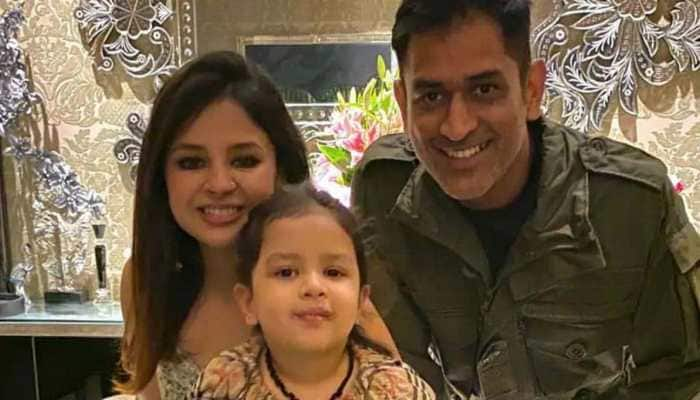 Juvenile in Kutch arrested for sending rape threats to MS Dhoni's daughter Ziva