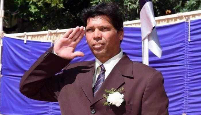Former Indian football captain Carlton Chapman dies aged 49