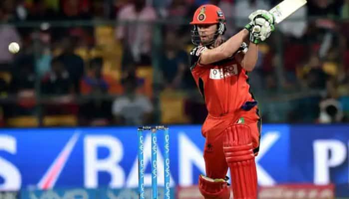 IPL 2020: AB de Villiers' six halts traffic during RCB vs KKR clash in Sharjah
