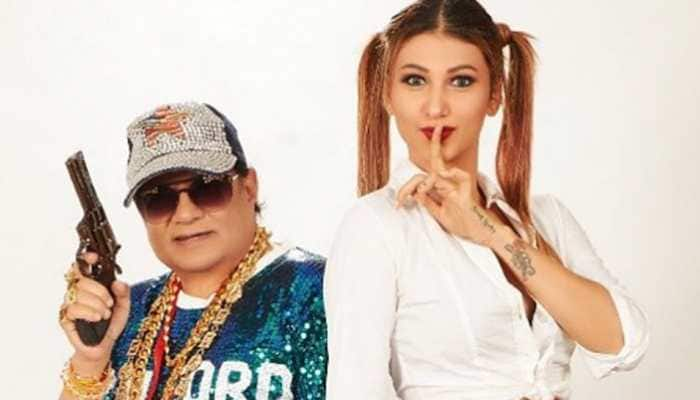 After viral wedding pics, Jasleen Matharu and Anup Jalota's recent glam photo will drive you nuts!