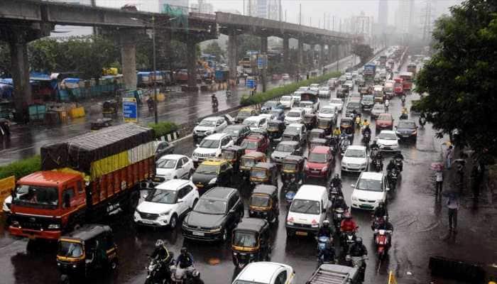 Heavy rains lash Mumbai, Pune; IMD issues red alert for Konkan region