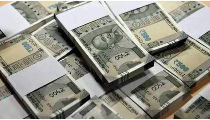 Income Tax Department carries out searches in Bihar, seizes cash of more than Rs 2.40 crore
