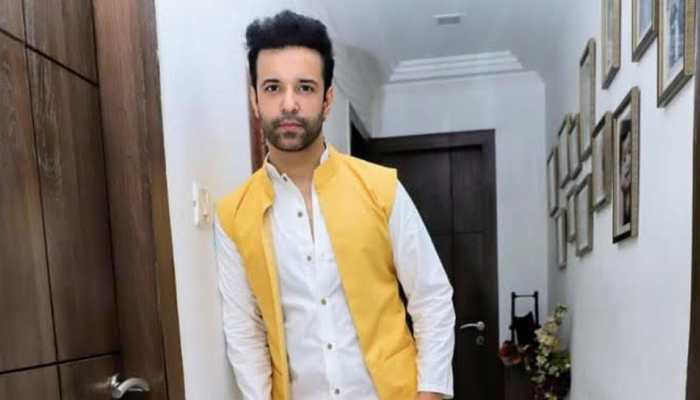 Navratri is one of the most vibrant, colourful and positive festivals, says TV actor Aamir Ali