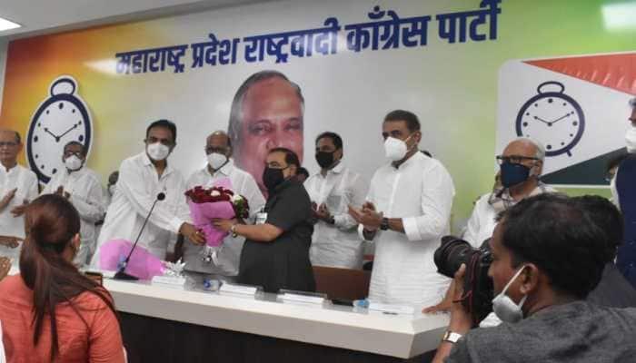 Eknath Khadse joins NCP in presence of Sharad Pawar, accuses BJP of betrayal