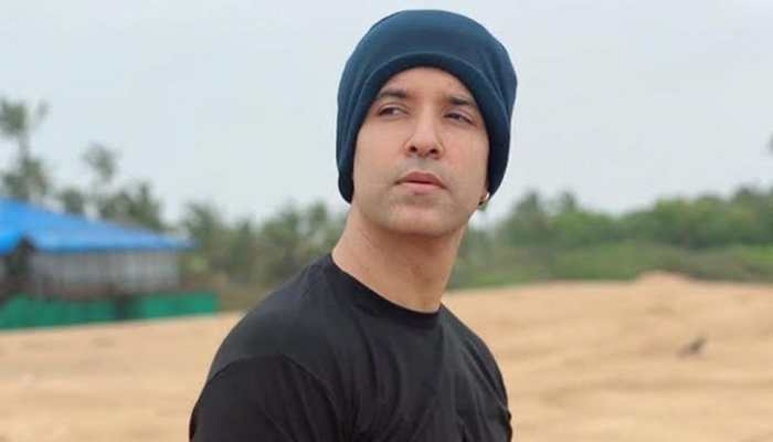 Aamir Ali's first look from ZEE5 Original web series 'Naxalbari' out on social media - Check inside