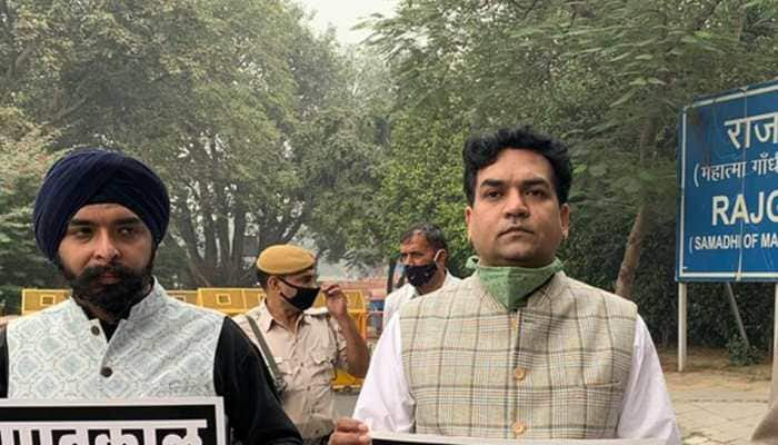 BJP leaders detained in Delhi while protesting in support of Republic TV's Arnab Goswami