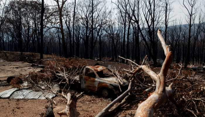 Prolonged wildfire seasons, more droughts from climate change, forecasts Australia