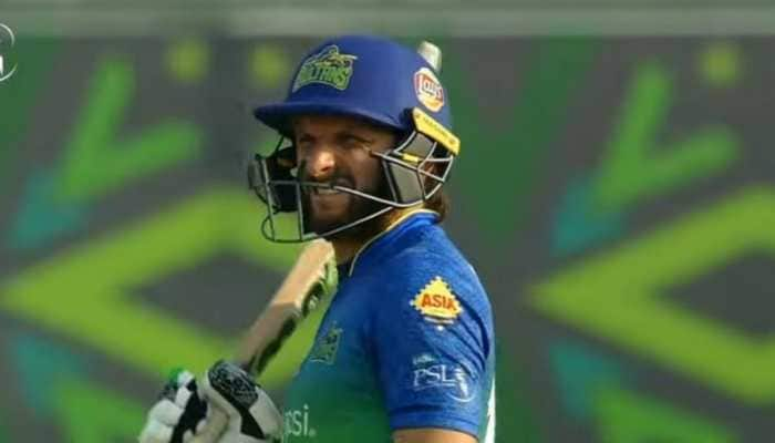 Shahid Afridi's 'dangerous' helmet in PSL game brings batsman's safety into question