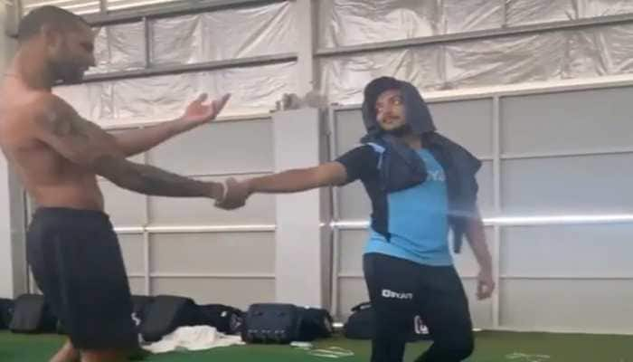 Australia vs India: Shikhar Dhawan, Prithvi Shaw hilariously groove to this classic Bollywood hit, Watch video!