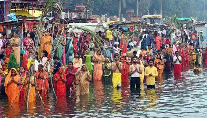 Chhath Puja 2020 concludes with 'Usha Arghya' to rising sun