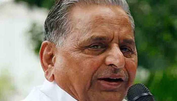 Mulayam Singh Yadav turns 82; posters put up at Samajwadi Party office in Lucknow