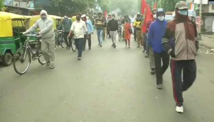 Bharat bandh by trade unions on November 26; West Bengal government opposes bandh; tension in some parts of state