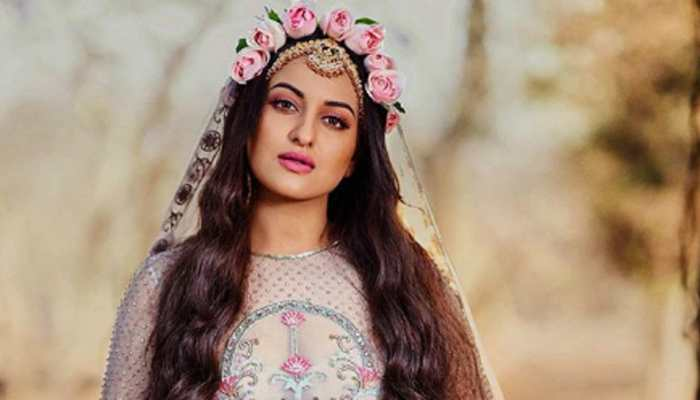 Sonakshi Sinha leaves behind a piece of her heart in Maldives
