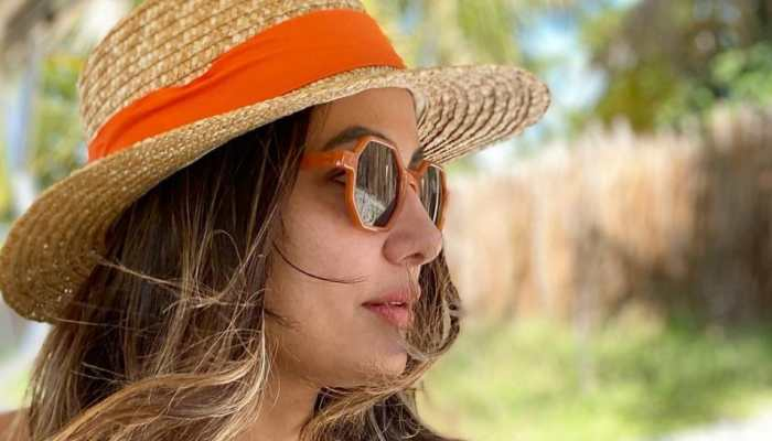 Hina Khan posts mesmerising pictures from her vacation in Maldives on Instagram - Take a look