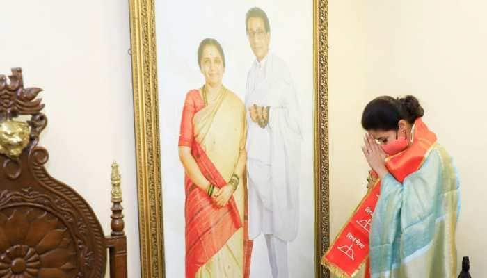 Urmila Matondkar begins her second innings in politics, joins Shiv Sena