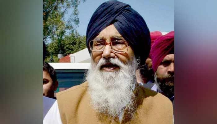 Agriculture laws: SAD stalwart Parkash Singh Badal returns Padma Vibhushan award citing 'betrayal of farmers'