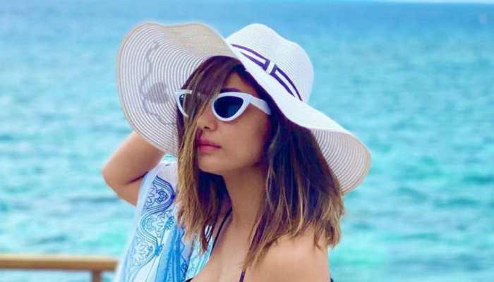 Beach, bikini, sun and sand: All about Hina Khan's super-stylish Maldives vacation