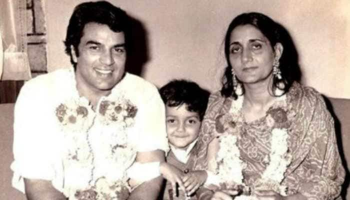On Dharmendra's 85th birthday, here are some of his unseen pics with family