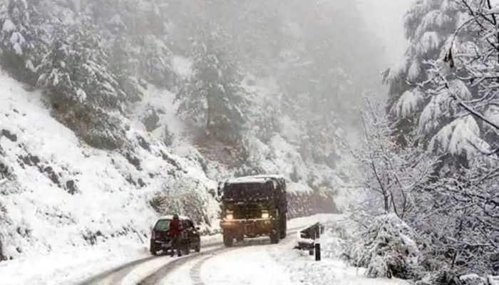 Jammu and Kashmir: Fresh snowfall causes closure of Srinagar-Leh Highway, Mughal Road