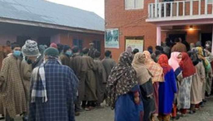 J&K DDC polls: In a first, BJP bags three seats in Kashmir Valley, wins 75 seats; PAGD maintains overall lead