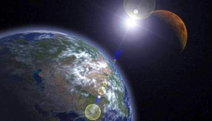 NASA approves 2 missions to explore Sun, Earth's aurora