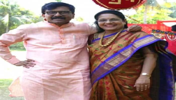 PMC Bank fraud case: Shiv Sena MP Sanjay Raut's wife Varsha Raut reaches ED office in Mumbai