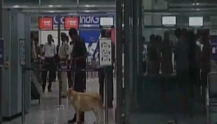 Gold worth Rs 67 lakh seized from two passengers at Mangaluru airport