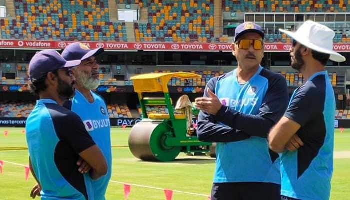 Head coach Ravi Shastri in discussion with Vikram Rathour, Bharat Arun and R. Sridhar. (Photo: BCCI)